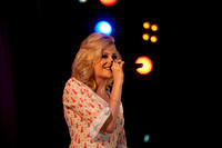 Pixie Lott singing in Derry-4